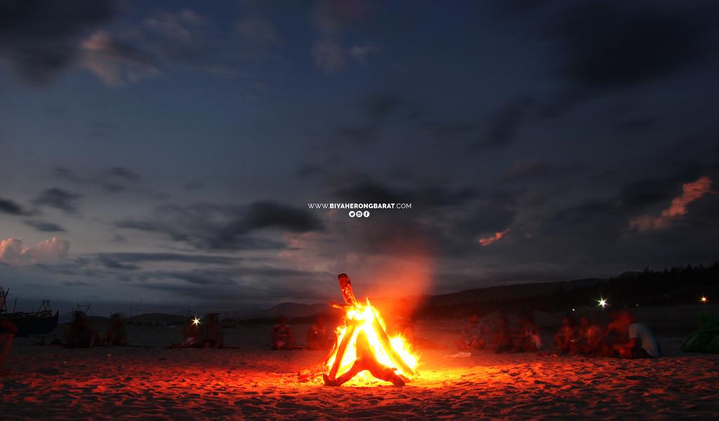 San Felipe Zambales bonfire music liwliwa surf beach