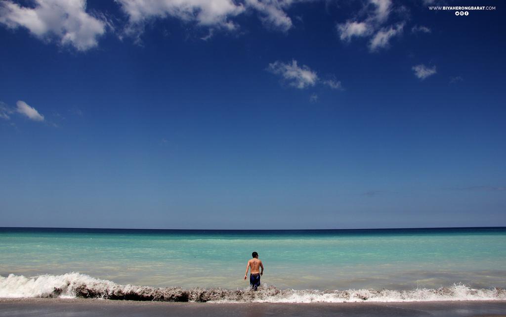 liwliwa sanfelipe zambales beach blue surf
