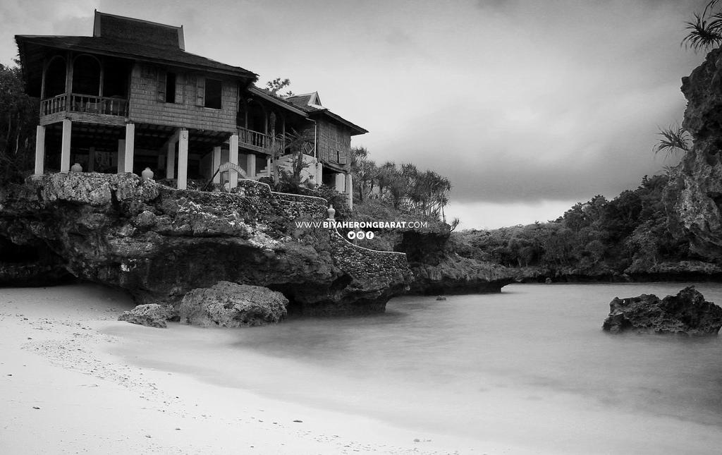 Natago Beach Nueva Valencia Guimaras Island hopping tour