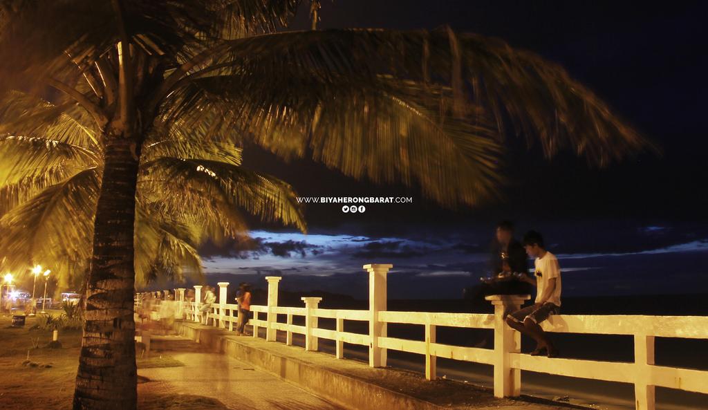 La playa roxas baybay plaza park capiz visayas