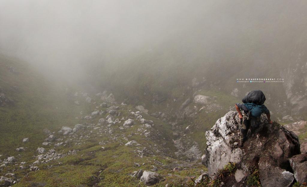 mount apo boulders davao digos kapatagan trail