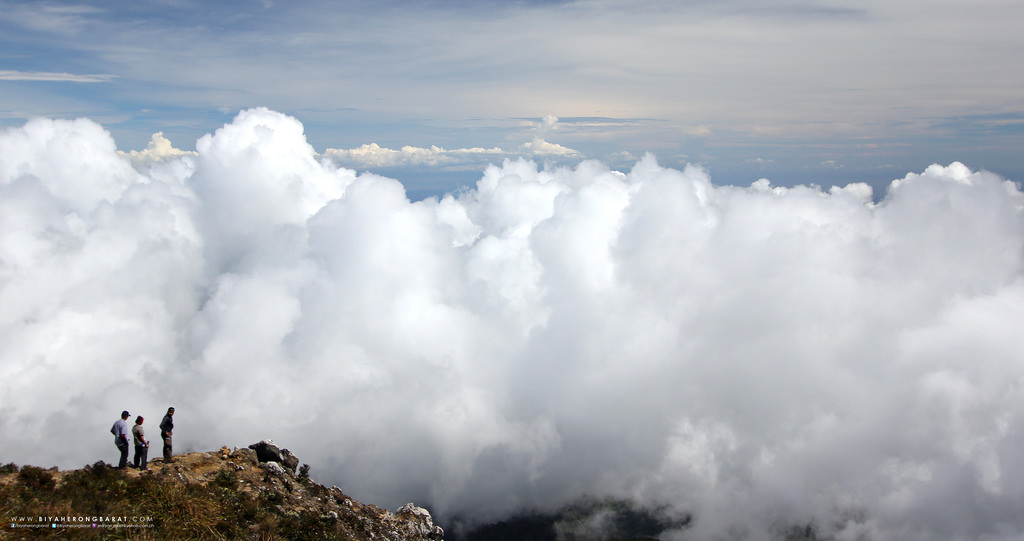 mount apo summit clouds digos davao philippines