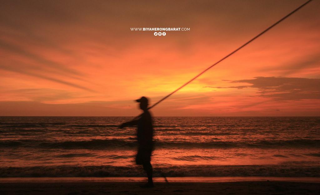 fishing liwliwa san felipe zambales sunset
