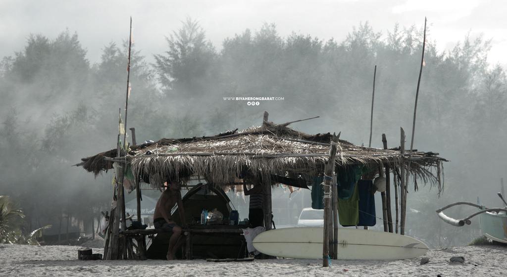 beach camping surfing san felipe zambales liliwa