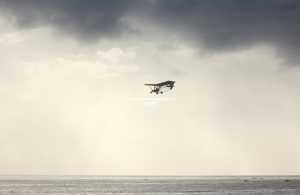 ultralight flying mati city dahican beach davao oriental philippines