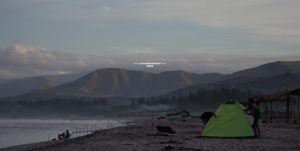 beach camping liwliwa san felipe san narciso zambales