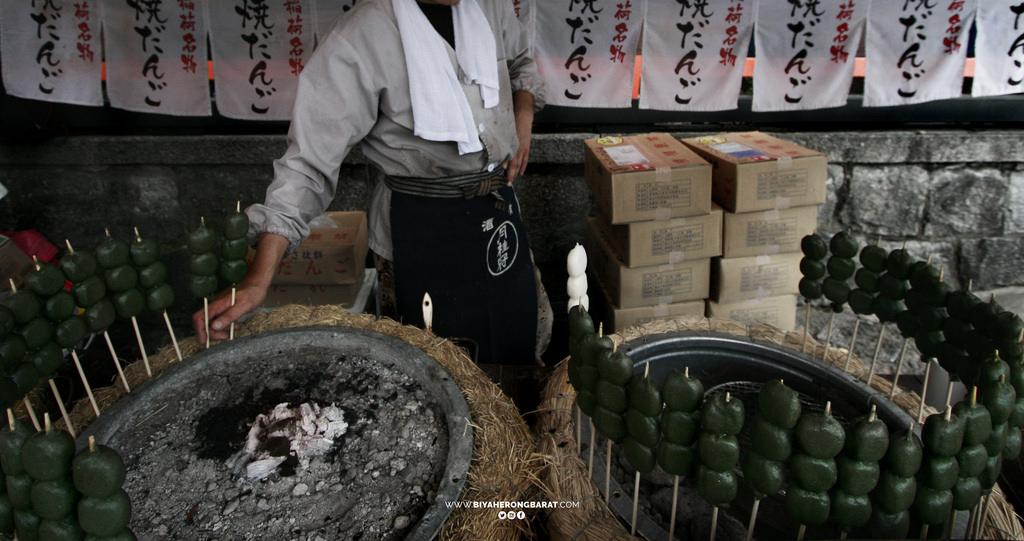street food japan kyoto traiditonal